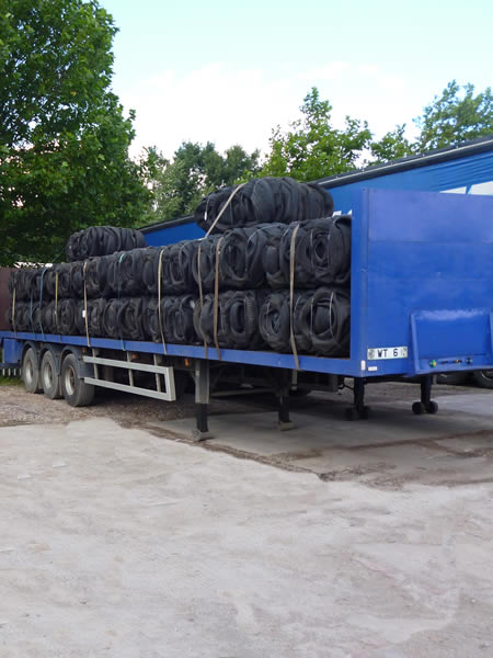 delivery of tyre bales